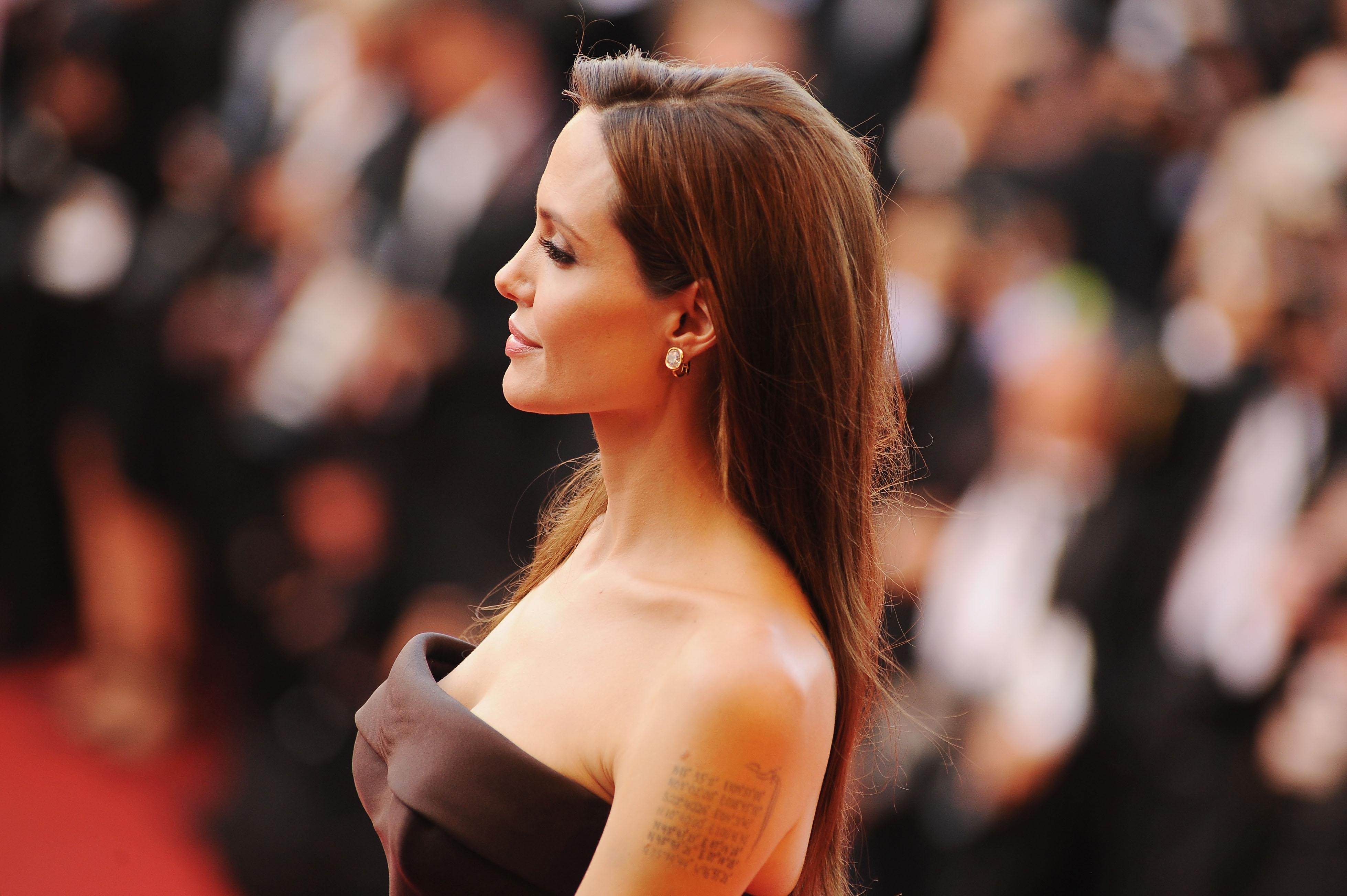Angelina Jolie Porn News Uploadedimages Miami Rhapsody