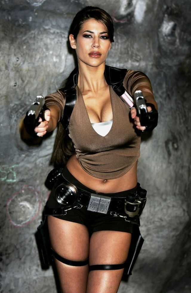 tomb raider porn sexy comic gallery hotties tomb raider costumes con