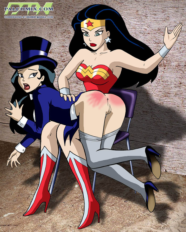 Wonder Woman Spanked Porn