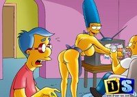 marge simpson naked marge simpson seduce milhouse trying