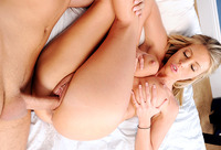 mila kunis spreads pussy porn scenes preview samantha saint mommy does porno part